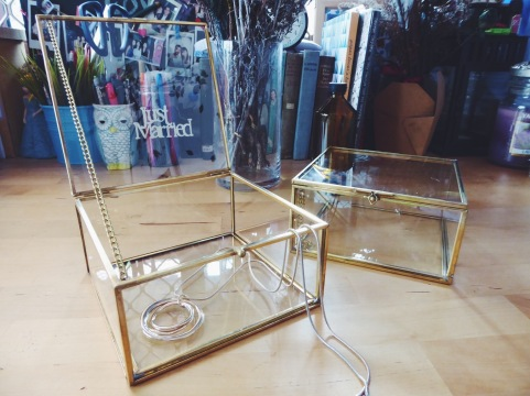 Brass square glass case (S$39)